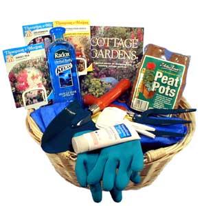 Gift basket for a gardener for Gardening tools gift basket